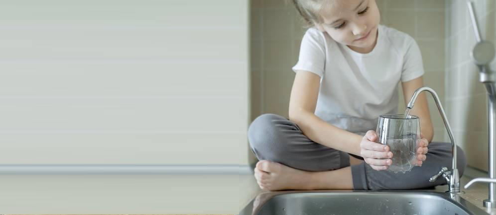 bere acqua dal rubinetto di casa